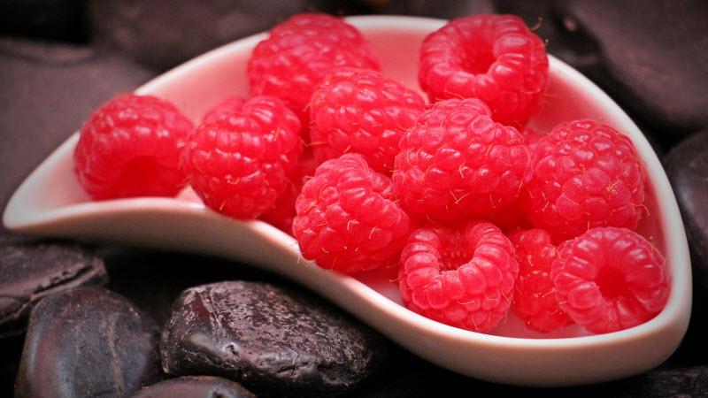 raspberries-800x400
